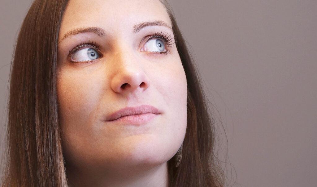 portrait frau gesicht weiblich schönheit mädchen